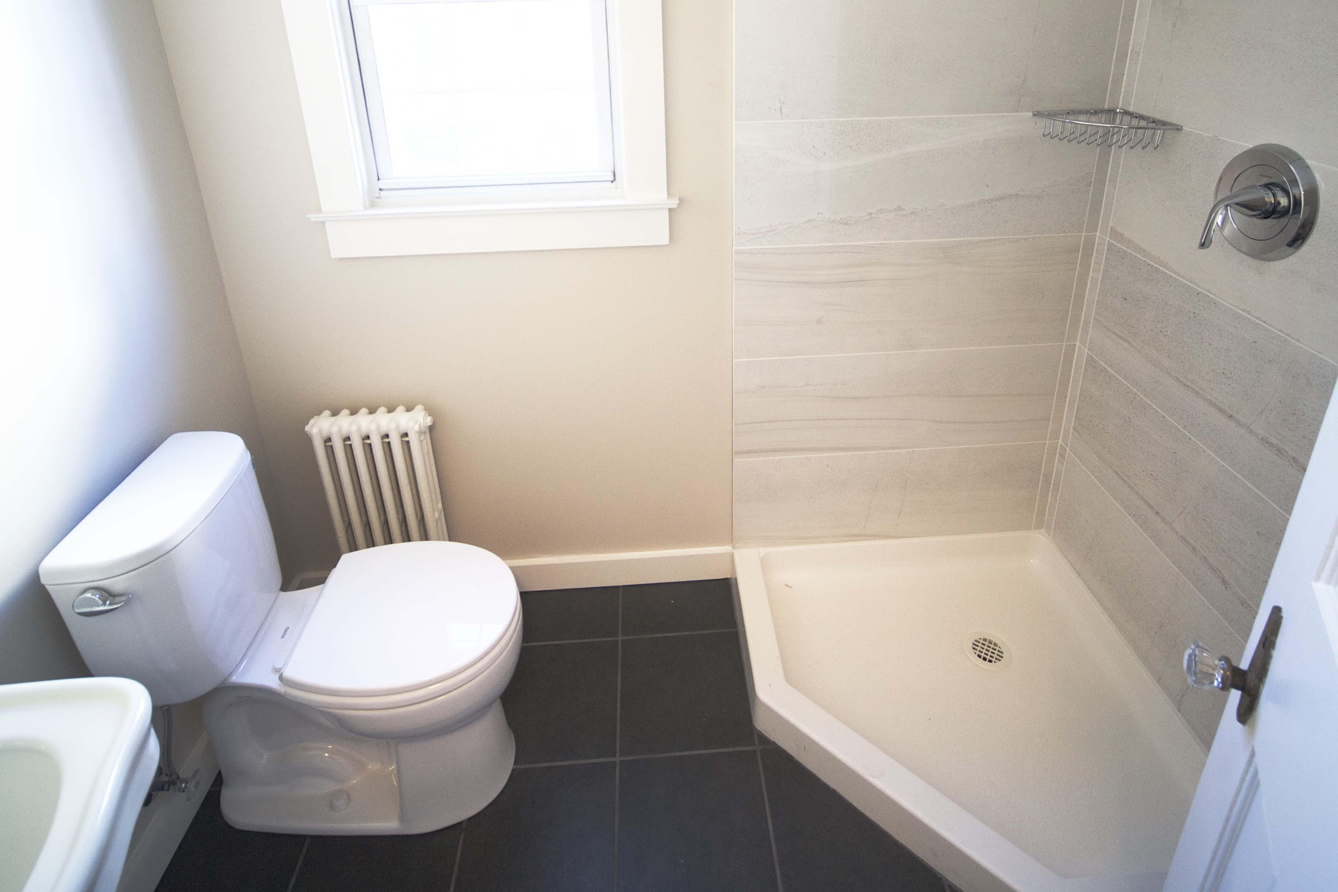 Tile Installation Service In Meriden - Bathroom tile installers near me
